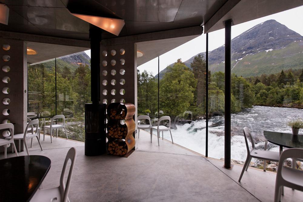 gudbrandsjuvet - cafe building